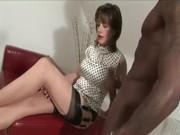 Interracial mature hottie gives handjob