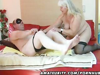obese amateur wife sucks and bonks on her daybed