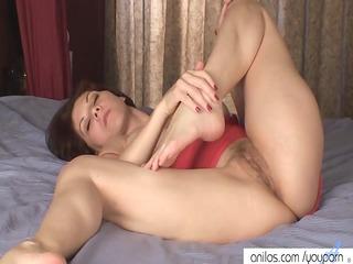 breasty mamma copulates her bushy slit