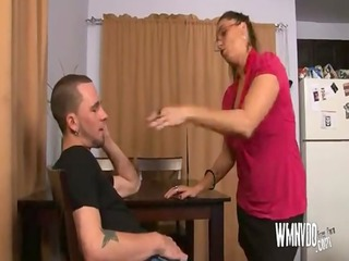 sexy mother i aunt , mature mother i blowjob