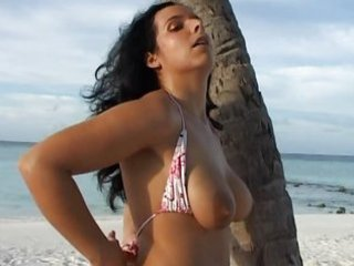 flawless latino german gal wife worthwhile round