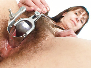 older mommy karin shows off shaggy pussy extreme
