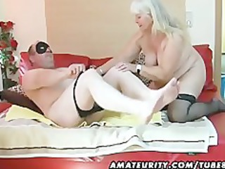 obese non-professional wife sucks and bonks on