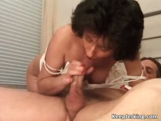 older dark brown wench gets curly pussy