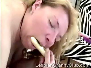sexy aged woman uses ding-dong to fuck sexually
