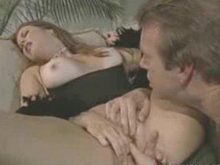 college hunk eats sexy milf snatch