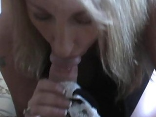 golden-haired milf slut is a fellatio giving