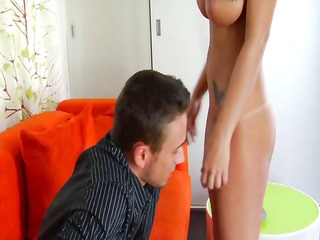 dark brown with large boobs enjoys anal fuck