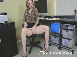 slender d like to fuck betty blaze receives all
