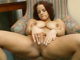 breasty mother i plays with pussy