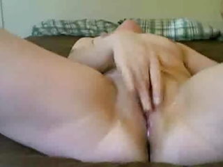 masterbating older squirting on cam
