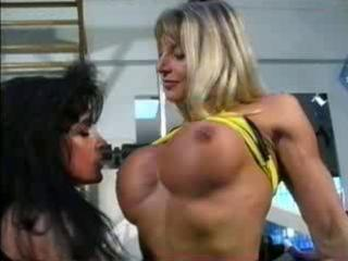 bodybuilding milfs acquire bawdy cleft friendly