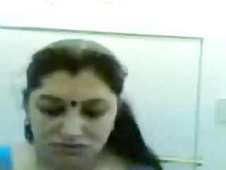 Indian babe fucks her hubby
