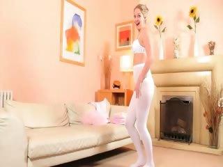 hawt mom in white hose undress