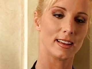 glamorous golden-haired d like to fuck with