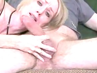amateur mature wife gives great oral job