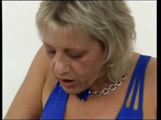 breasty blond granny gets her fingers working on