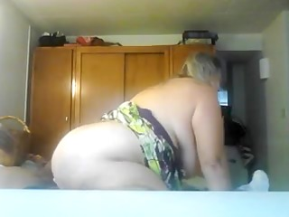 breasty mature gf bonks cowgirl style