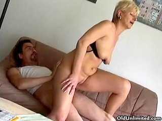 dilettante blond mature mamma t live without