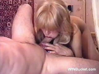 russian milf homemade oral stimulation
